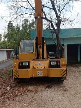Indofarm farana crane in good condition i want to sell it.