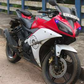 R15 v2 neat & good condition