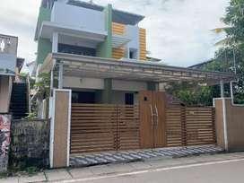 Kaloor keerthinagar 4.50cent 2500sqft 4bhk house