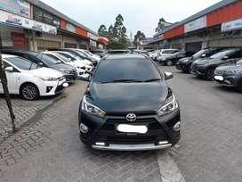Toyota Yaris Heykers A/T Thn 2017 Hitam Met Kilometer Low