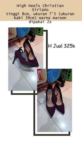Sepatu high heels
