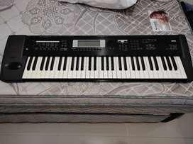 Keyboard KORG TR61 (Include Amplifier)