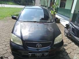 Jual mobil sedan Vios tahun 2003