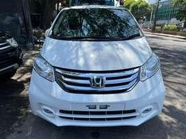 Honda Freed E PSD 2015 Low KM