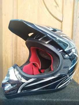 Helm KYT Cross Size L