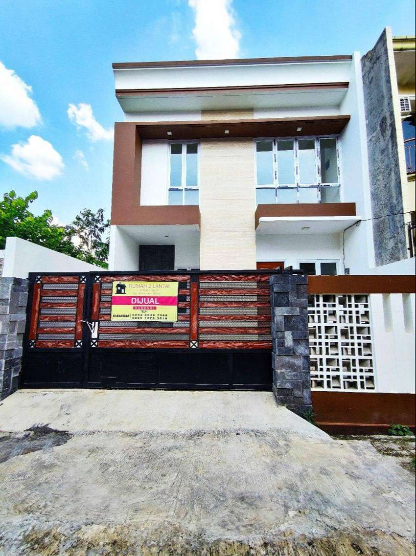 Rumah 2 Lantai Siap Huni Bebas Banjir Pasar Rebo Jakarta Timur 0