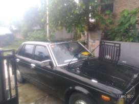 Dijual Mobil Antik Kondisi Mulus. Corona 2000 Original