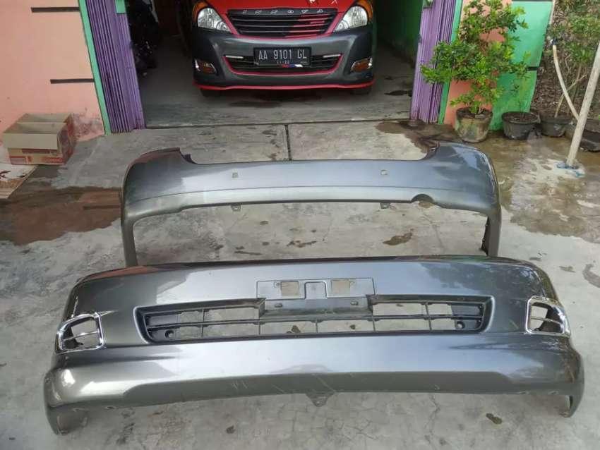 Bemper depan belakang + lampu belakang ori kijang innova th.2005-2007. 0