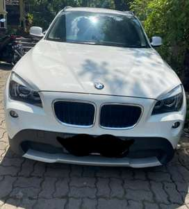 BMW x1 sdrive 1.8i  AT
