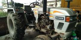 Urgent sale Commercial tractor with trolly
