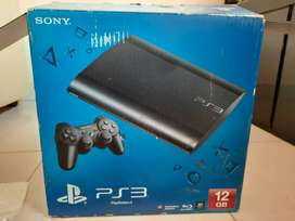 PS 3 COMBO PACK IN MINT CONDITION