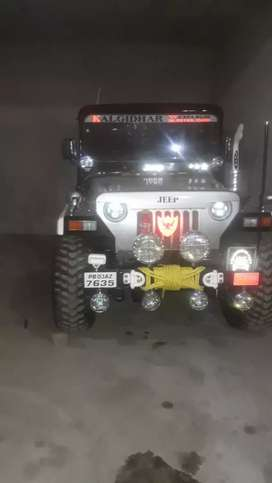 Willys open jeep