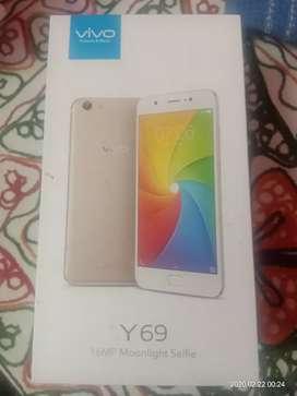 Vivo Y69 model