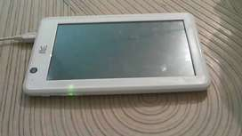 Hcl Me tablet..  like brand new. . With  box pack and all accessories