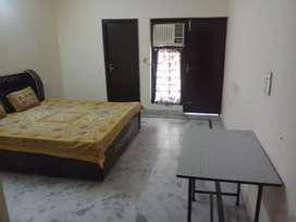Luxurious PG For MNC/Students Males. Ac(AIR CONDITIONER)+(WITH FOOD)