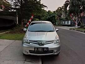Nissan Grand Livina SV 2012 AT Facelift Silver Istimewa PERFECT cash