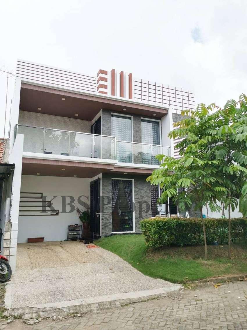Dijual Rumah Mewah 274/186 m2 Lokasi Bukit Indah Sukajadi 0