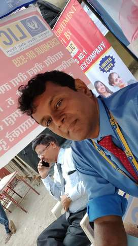 There is no limit of earning in LIC advisor profession
