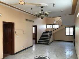 200 yards bungalow for sale khy e Jami phase 2