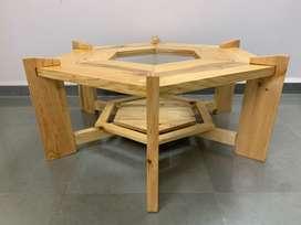 Grand Coffee table