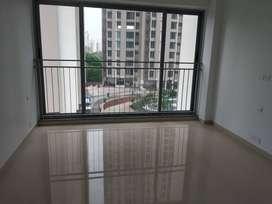 2 bhk spacious for sale in kalpataru sunrise