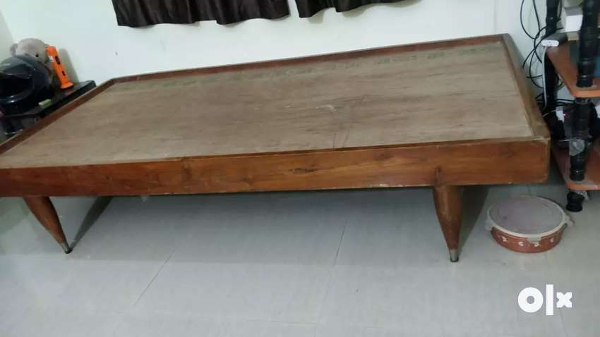 Wooden bed 0