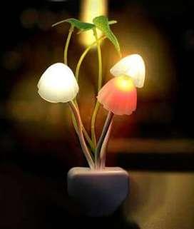 Lampu Tidur Mini Jamur Sensor Cahaya