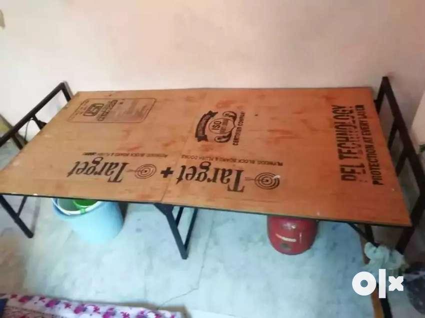 Single bad  Plywood Bad 0