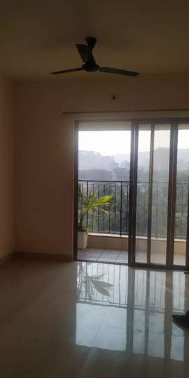 1 female flatmate required double sharing in 2 bhk, thane west