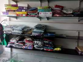 I went to sell my cloth shop money proplem