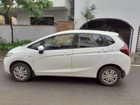 HONDA JAZZ WHITE COLOUR PETROL CAR