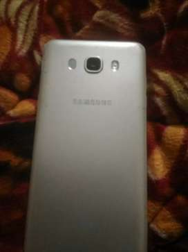 Samsung j7 good condition.