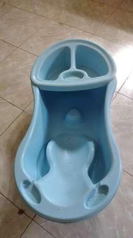 Bak mandi bayi merek mothercare