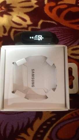 Samsung watch fit E