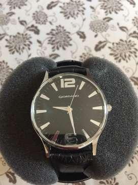Giordano men black watch rs 3500