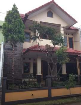 Rumah cantik 2 lantai dengan harga pasar dekat puri dago 1 m an