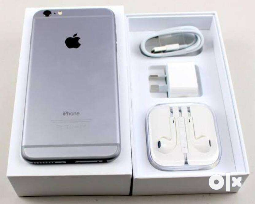 I phone 6s plus (with full kit) 0