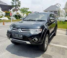 Pajero Exceed 4x2 thn 2015 Km 60rb