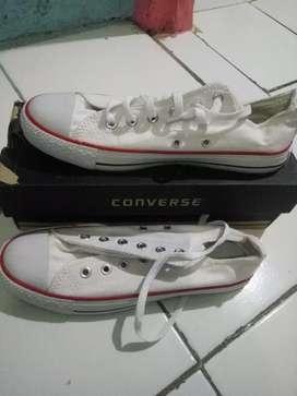 Sepatu cewe/cowo