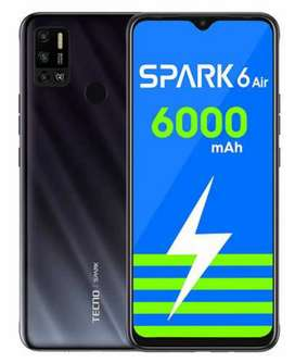 Tecno spark   6 manth use g. no charge .