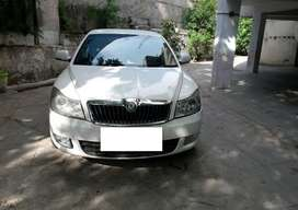 Skoda Laura Ambiente 1.9 TDI Manual, 2009