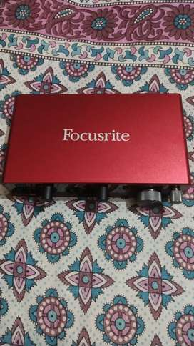 Scarlett 4i4 , THIRD-GENERATION 4-IN, 4-OUT USB AUDIO INTERFACE