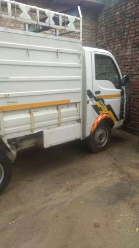 Commercial  vehicle for sale in very good condition