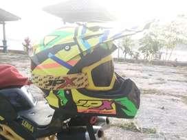 Helm cross jpx+ google