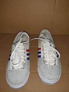 Sepatu merk Kodachi no36,kondisi 90%