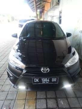 Dijual Toyota Yaris TRD Sportivo matic 2015 hitam