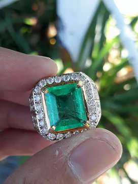 Natural emerald colombia 5.63 ct