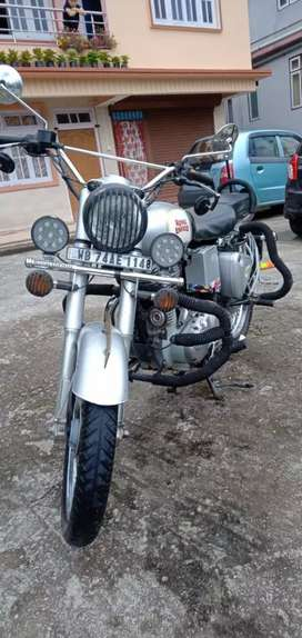 Old bike pick photo 80% trye good condition@