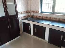 975sqft 2BHK 2floor apartment for Rent family only