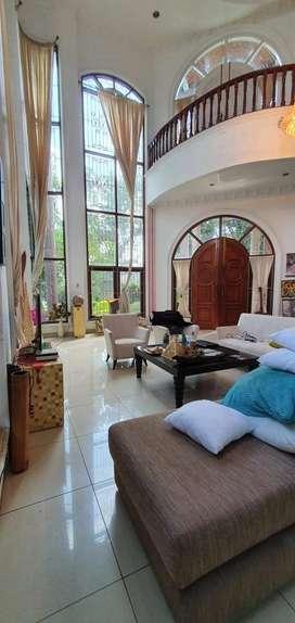 Villa di Jl. Sei Bahorok ( Dekat Iskandar Muda )